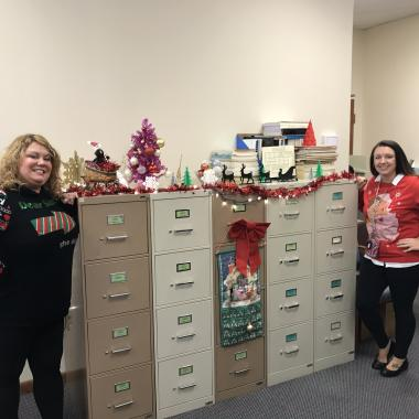 Holiday  Office Decorating Contest